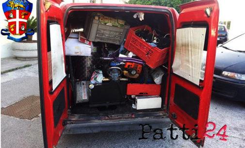 MILAZZO – Bloccato furgone con merce rubata