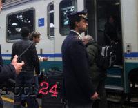 SPADAFORA – Un capotreno è stato accoltellato da un passeggero