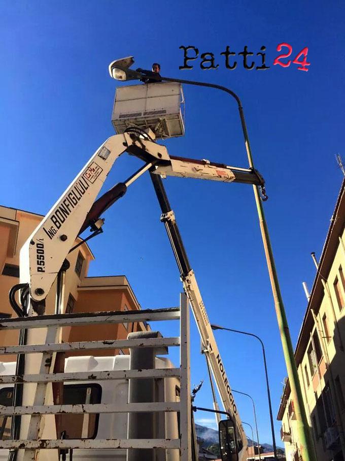 Patti nuove lampade a led in via fontanelle patti24 for Nuove lampade a led