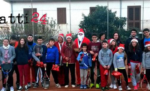 GIOIOSA MAREA – Babbo Natale è arrivato alla scuola di Tennis Saliceto