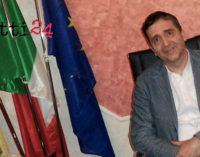 """MONTALBANO ELICONA – """"Insieme per far vincere l'intera Sicilia"""": appello di un sindaco che sale persino sull'altare (intervista di Sara Gaglio)"""