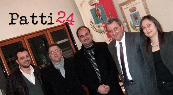La Giunta: da sinistra, Francesco Gaglio, Tindaro Germanelli, Carmelo Guidara, il Sindaco e Michela Maurotto