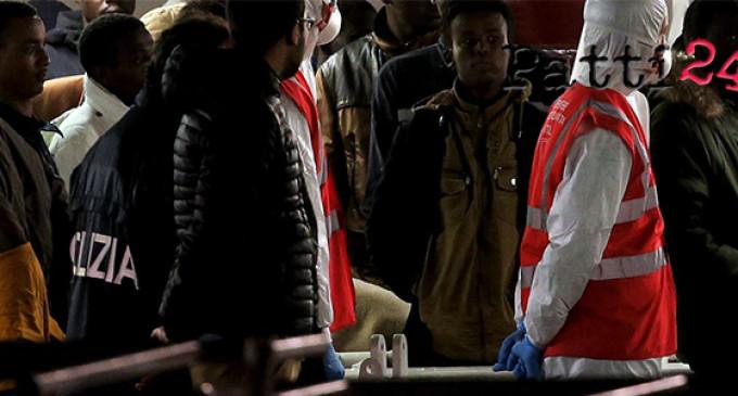 MESSINA – 9 gli scafisti individuati tra i 249 migranti arrivati il 1° maggio a Messina