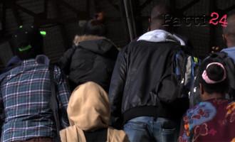 MESSINA – Sbarco di ieri. Più di cento su un gommone senza acqua o cibo, arrestato 4° uomo