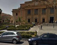 MESSINA – 45enne esasperato dai lunghi tempi dell'iter processuale tenta il suicidio al Tribunale