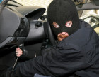 PATTI – Ladri fanno visita a una concessionaria: portati via un furgone, un'auto e due moto