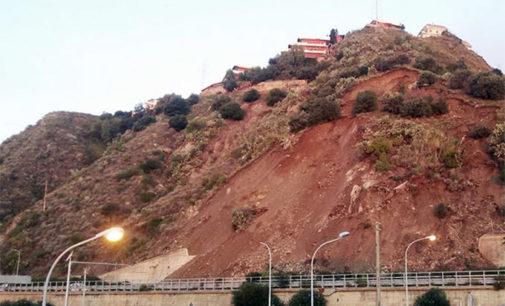 A18 – Chiusa la tratta Roccalumera-Giardini Naxos per un ulteriore smottamento della collina, sovrastante Letojanni
