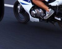 MESSINA – Al semaforo, 20enne su scooter affianca le predi, prima inventa storie poi le rapina,  arrestato