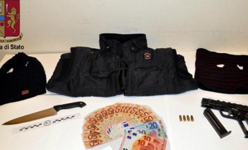 MESSINA – 25enne rapina una sala scommesse armato di pistola pronta a sparare, arrestato