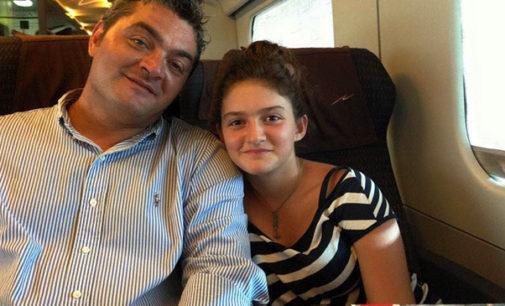 """MESSINA – Il Papà della 14enne Rebecca su FB: """"la prendo in braccio e lei non mi risponde … cosi gli chiudo gli occhi ancora aperti … """""""