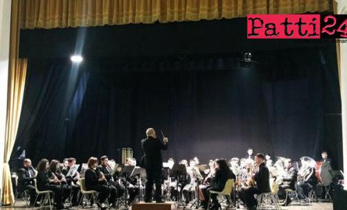 RACCUJA – La Pentamusa Wind Orchestra trionfa a Lamezia Terme
