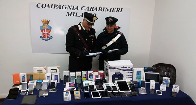 """MILAZZO – Sgominata banda di rumeni dedita ai furti in esercizi commerciali. Recuperata refurtiva centro commerciale """"Expert Papino"""""""