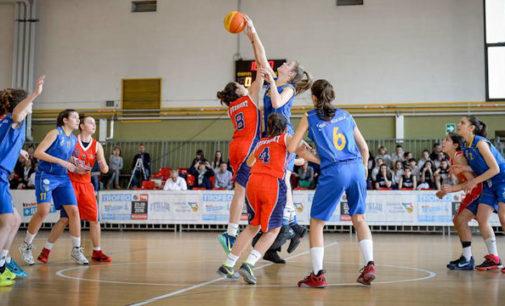BOLOGNA – La selezione siciliana di basket femminile in finale: non era mai accaduto prima.