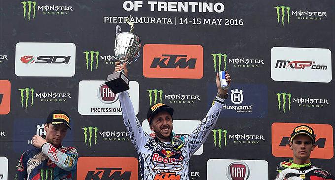 MXGP – Cairoli c'è, il pluricampione pattese dopo la doppietta in Germania ha conquistato anche il GP del Trentino