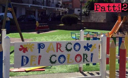 """PATTI – Recintare il """"Parco dei colori"""" con nastro segnaletico bianco rosso non è stato sufficiente per far rispettare le regole."""