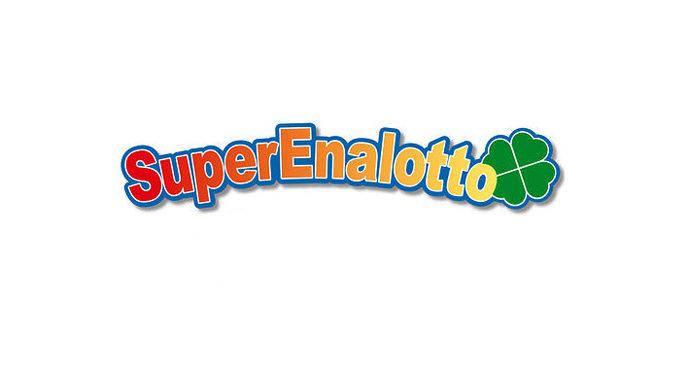 MESSINA – Vince 162.058 euro centrando il 5 al Superenalotto