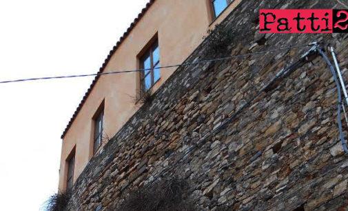 PATTI – Manichini per mostra permanente di vestiti di scena all'ex Convento di San Francesco