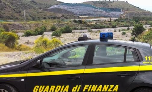 """BARCELLONA P.G. – Operazione """"Rifiuti lontani"""". Traffico illecito di oltre quindicimila tonnellate alla discarica di Mazzarrà Sant'Andrea"""