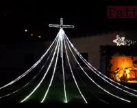 PATTI – Arricchita di effetti la capanna di Natale all'interno del piazzale della Concattedrale