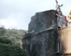 """S. ALESSIO SICULO – Incendio al Parco Ducale. A fuoco una parte di un edificio adibito a """"Sala ricevimenti"""""""