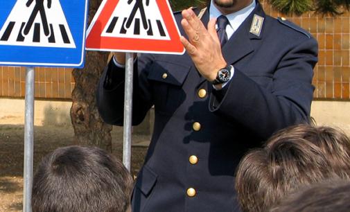 CAPO D'ORLANDO – Iniziano i corsi di educazione stradale nelle scuole