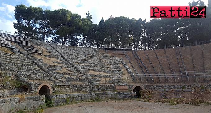 PATTI – Interventi di pulizia al teatro greco romano di Tindari, fino a lunedì scorso, in un deprecabile stato di abbandono