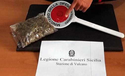 VULCANO – Rinvenuti 220 grammi di marjuana. Arrestato 26enne per detenzione ai fini di spaccio di sostanza stupefacente