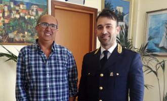 CAPO D'ORLANDO – Il Sindaco Ingrillì saluta il nuovo dirigente del Commissariato Carmelo Nicola Alioto