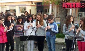 """PATTI – Creatività ed estro degli alunni dell'IC Pirandello nell'ambito dell'iniziativa """"Nessuno parli…un giorno di scuola, musica e arte oltre la parola"""""""