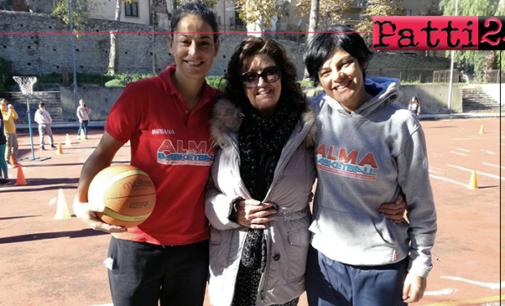 """PATTI – Attraverso la scuola, i valori dello sport. Si consolida sempre piu' il rapporto di collaborazione tra L'Alma Basket Patti e le scuole """"Pirandello""""e """" Radice"""""""
