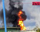 MILAZZO – Stamani fiamme precedute da un forte boato alla Raffineria di Milazzo. Tre feriti lievi e incendio domato