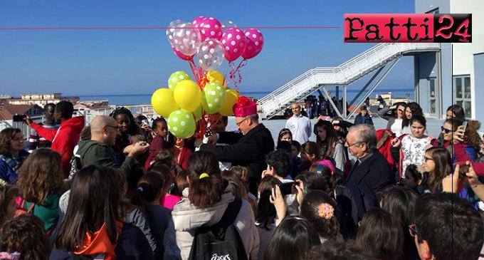 """SANT'AGATA MILITELLO – """"Festa della Pace"""" dell'Azione Cattolica della diocesi di Patti. Il Pala Mangano """"invaso"""" da bambini, ragazzi e adulti"""