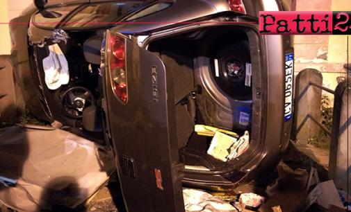 """PATTI – Incidente stradale. Perde il controllo dell'auto e impatta violentemente sulla fontana """"San Leonardo"""""""