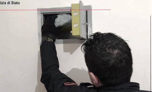 MESSINA – Nel loro appartamento più di Kg 1 di marijuana ed una pistola illegalmente detenuta. Arrestati due messinesi, un 34enne ed una 35enne