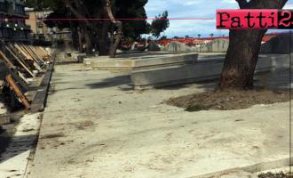 PATTI – Pavimentazione antitrauma per il parco giochi in corso di realizzazione sul lungomare Zuccarello a Marina di Patti