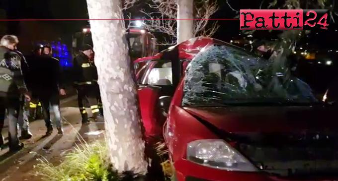 PATTI – Grave incidente stradale autonomo avvenuto questa sera in zona canapè. Un ferito grave