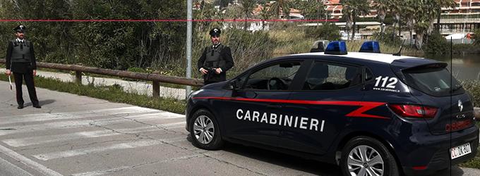 MESSINA – 22enne tenta di rubare un'auto, fermato da un Carabiniere libero dal servizio.