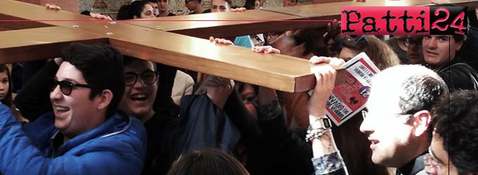 """TORRENOVA – Giornata dei Giovani della diocesi di Patti. Don Tony Drazza: """"Il cuore non è una lavagna cancellabile; lì resta tutta la nostra vita, vi scriviamo col fuoco"""""""