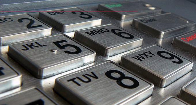 TAORMINA – Clonavano carte di credito captandone i codici. Arrestata donna bulgara 44enne