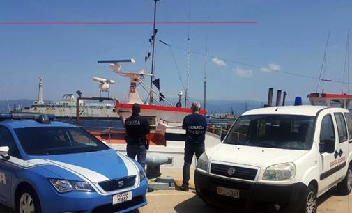 MESSINA – 20enne tenta di rubare una motonave ancorata alla banchina Colapesce per un valore tra i 300 e i 400.000 euro. Arrestato