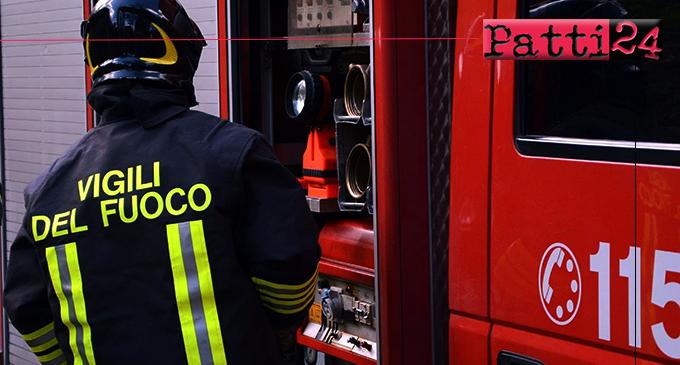 SANT'AGATA MILITELLO – Ieri sera, incendio tra le colline in contrada Vallebruca