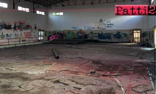 PATTI – Occorre reperire risorse per riqualificare al centro del paese l'ex palestra comunale di via Mazzini