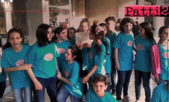 """PATTI – 1° posto al 3° Concorso Nazionale per Giovani Musicisti a Buseto Palizzolo (Trapani) per la corale """"I colori del mondo"""", dell'I.C. Lombardo Radice."""
