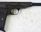 MESSINA – Avevano esploso colpi di arma da fuoco contro la vetrina di un esercizio commerciale. Tre arresti