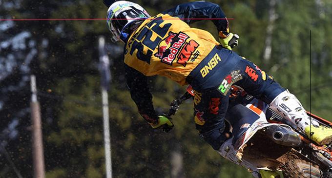 MXGP – GP di Lettonia. Tony Cairoli, costretto, anche stavolta, a dare via libera all'avversario Jeffrey Herlings