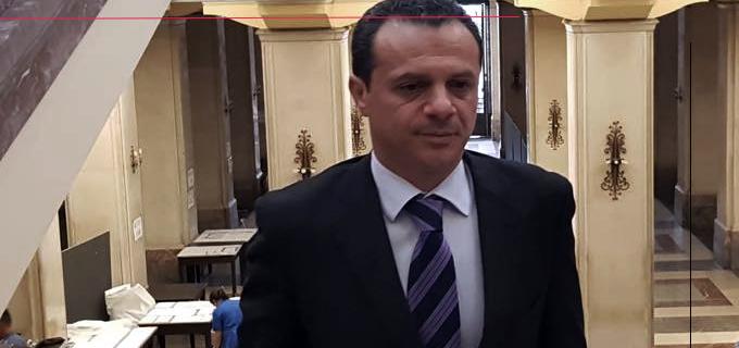 """MESSINA – Dirigenti comunali rifiutano la riduzione e la rotazione. Sindaco De Luca: """"Se non accettano li sbatto fuori riducendo i Dipartimenti"""""""