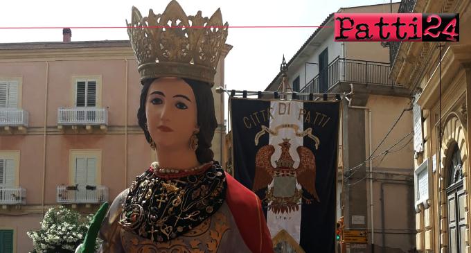 PATTI – Per un giorno il quartiere in cui, secondo la tradizione, Santa Febronia è vissuta, si è densamente popolato di fedeli