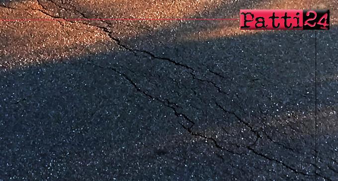 PATTI – Sempre piu' pericoloso l'avvallamento formatosi all'inizio della via Padre Pio. Sarebbe il caso di intervenire