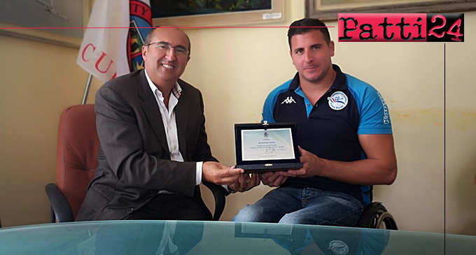 CAPO D'ORLANDO – Riconoscimento per il Campione del mondo di paracanoa Esteban Farias