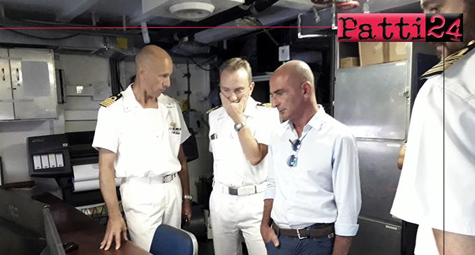 MILAZZO – Visita del sindaco alla nave idrografica Magnaghi in sosta a Milazzo